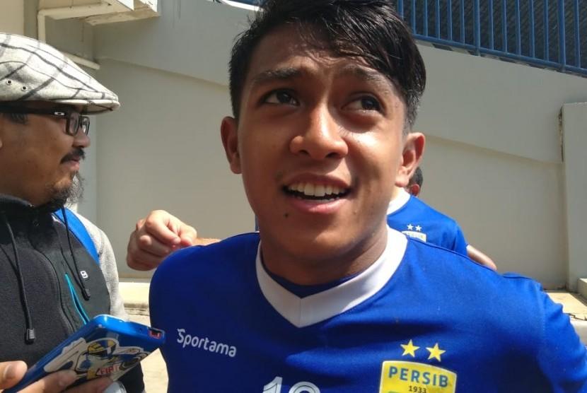 Pemain Persib Bandung, Febri Hariyadi, di Gelora Bandung Lautan Api, Bandung, Rabu (16/5).