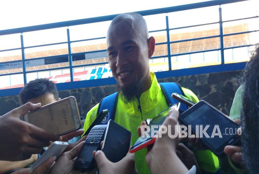 Pemain Persib, Supardi Natsir di SPOrT Jabar, Bandung, Senin (7/5).