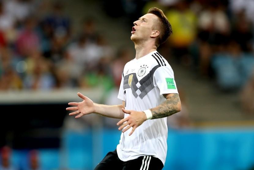 Pemain timnas Jerman, Marco Reus, meluapkan ekspresinya saat menghadapi Swedia di laga Grup F Piala Dunia 2018 di Sochi, Rusia, Sabtu (23/6).