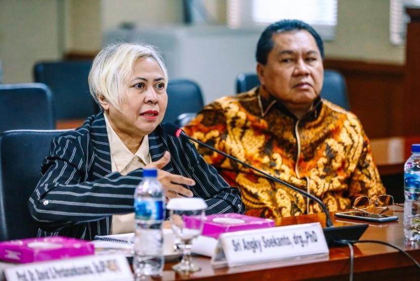 Pembahasan inventarisasi materi penyusunan pertimbangan RUU tentang Pendidikan Kedokteran di Gedung DPD RI, Jakarta, Rabu (3/13).