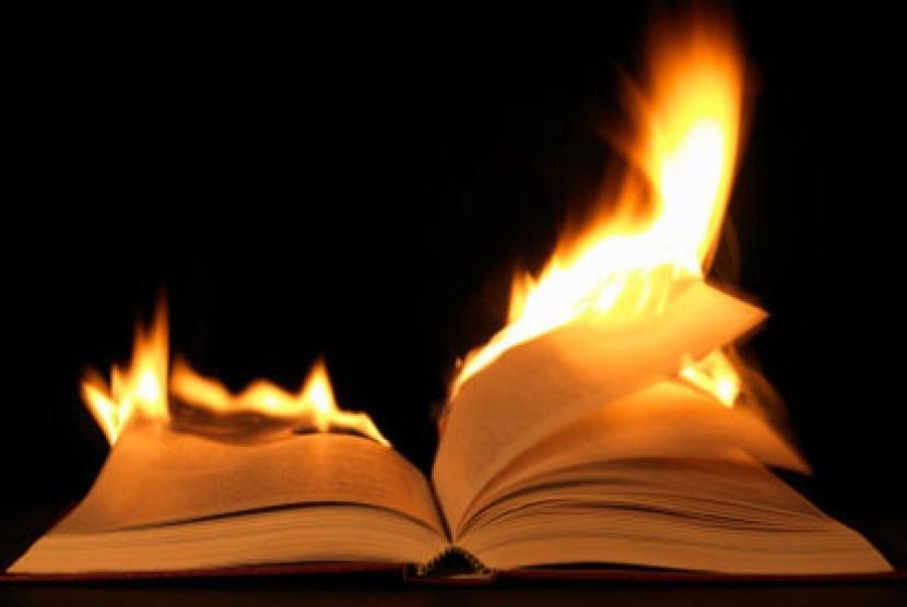Pembakaran buku/ilustrasi