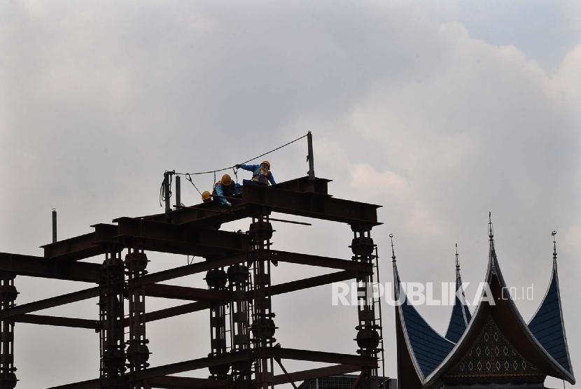 Pembangunan infrastruktur (ilustrasi)