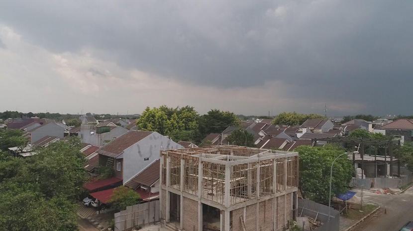 Pembangunan mushola di Jalan Grand Wisata, Kelurahan Lambangjaya, Kecamatan Tambun Selatan, Kabupaten Bekasi, Jawa Barat, yang dilakukan Rahman Kholid malah digugat pengembang Cluster Water Garden.