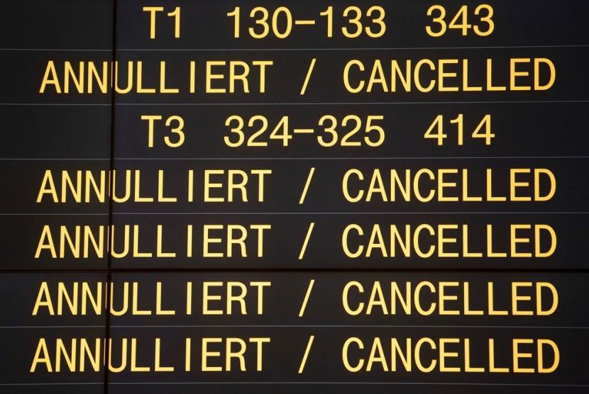 Pembatalan penerbangan di bandara Jerman