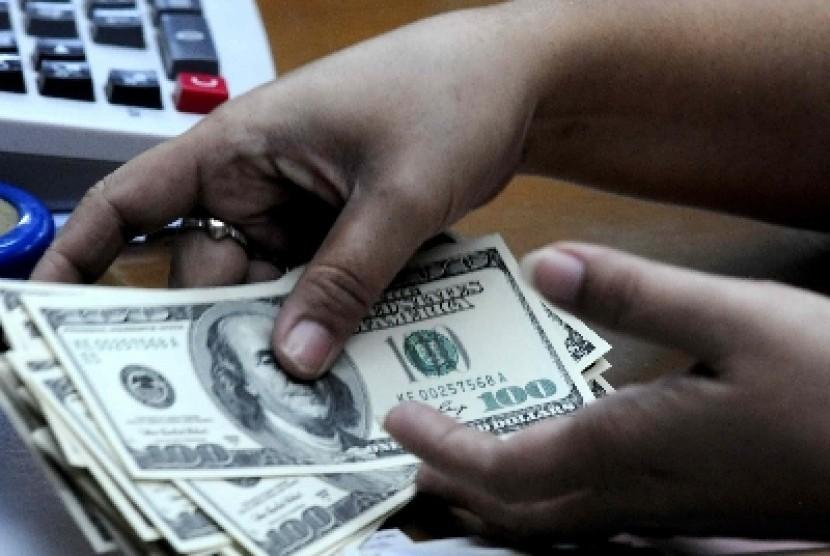 Ulasan broker hipotek menunjukkan platform perdagangan opsi