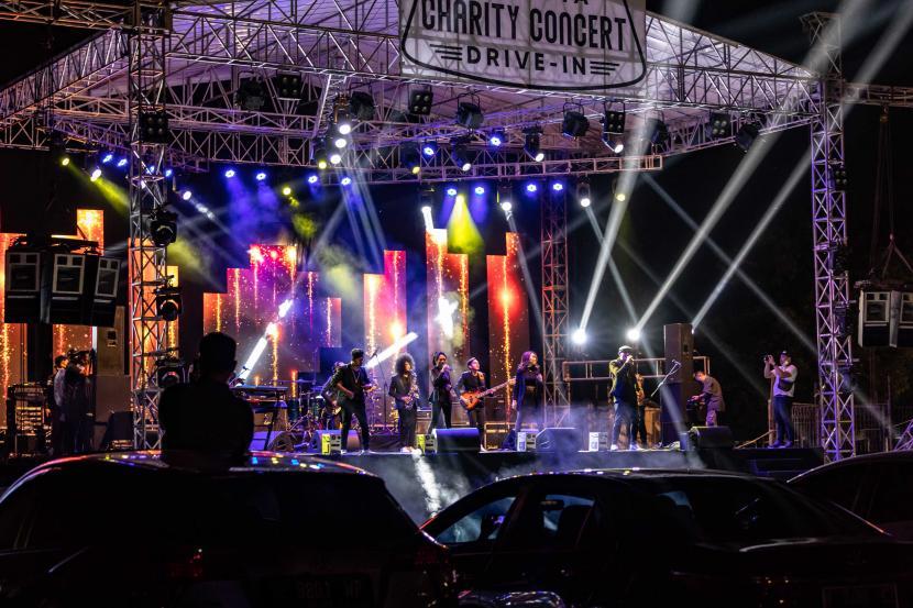 Pemerintah akan memberikan izin konser musik dan pameran pada wilayah PPKM level dua dan tiga.