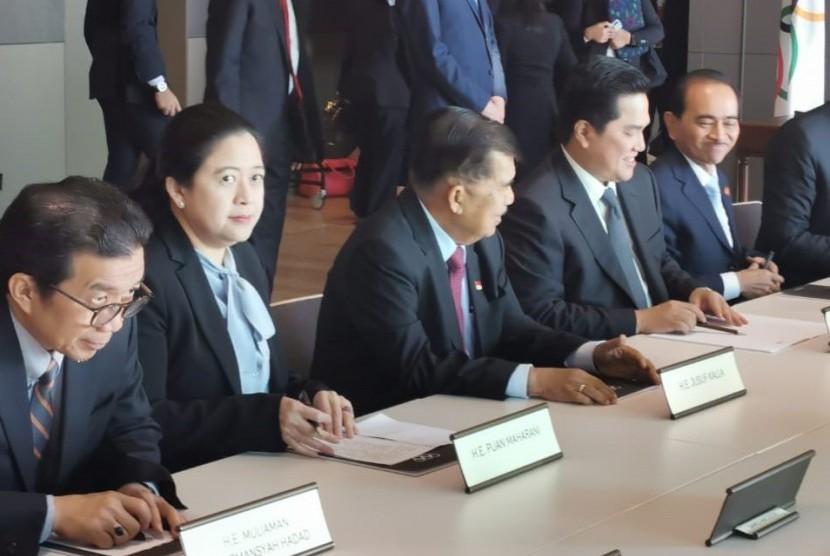 Pemerintah Indonesia dan Erick Thohir mengadakan pertemuan dengan Presiden Komite Olimpiade Internasional (IOC), Thomas Bach di Markas IOC, Laussane, Swiss, Rabu (15/5).