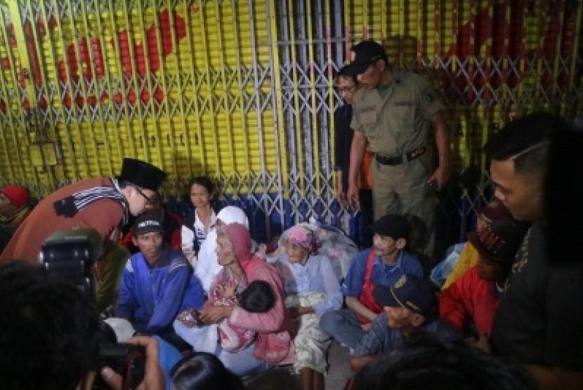 Pemerintah Kota (Pemkot) Malang melakukan penertiban anak jalanan (anjal)  dan gelandang pengemis (gepeng) pada Selasa malam (17/10).