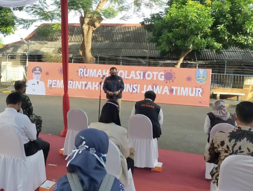 Pemerintah Provinsi (Pemprov) Jawa Timur (Jatim) meresmikan Rumah Isolasi OTG (Orang Tanpa Gejala) di area Asrama Haji Sukolilo Surabaya, Jumat (25/6).