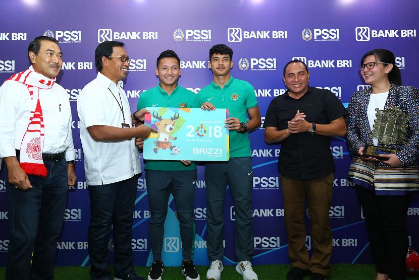 Penandatanganan Perjanjian Kerja Sama (PKS) antara Bank BRI dengan Persatuan Sepak Bola Indonesia (PSSI).