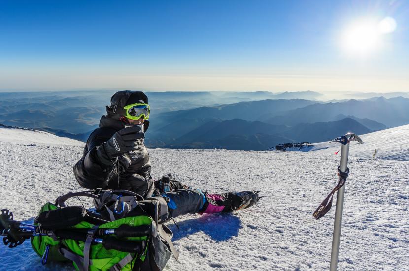 Pendaki Gunung dan Pemilik Merapi Mountain, Hendri Agustin
