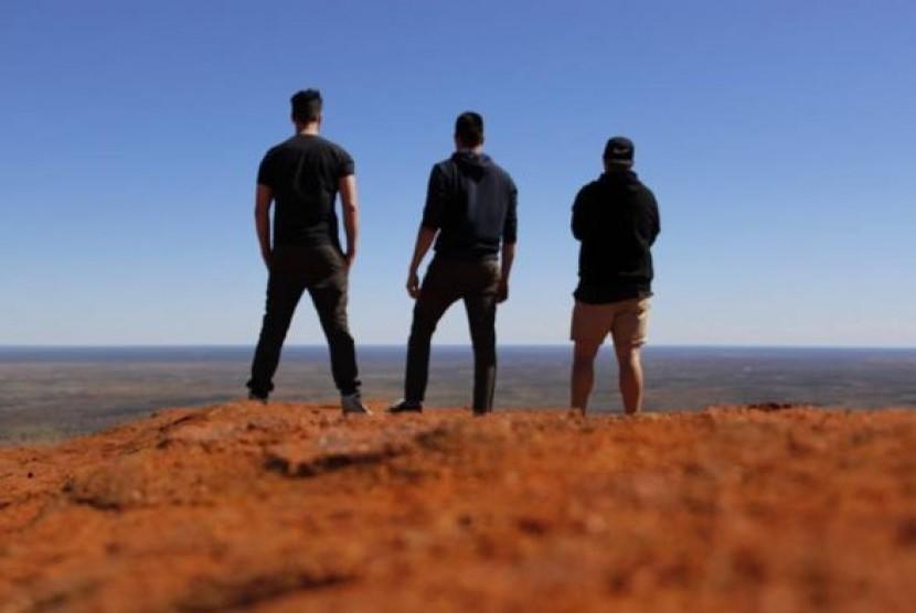 Pendaki Uluru akan dikenakan pasal perlindungan dan Pelestarian lingkungan.
