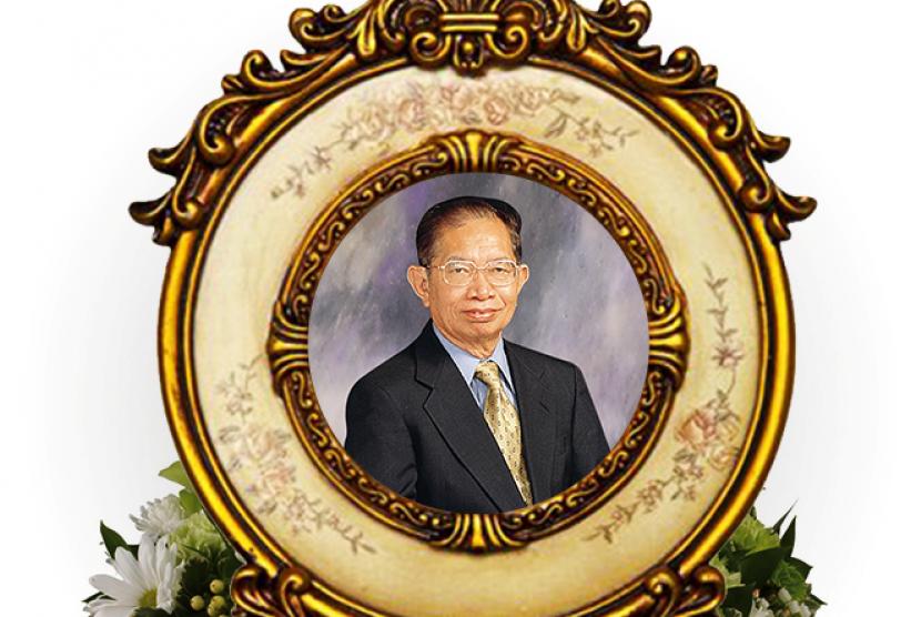 Pendiri JNE H Soeprapto Suparno.