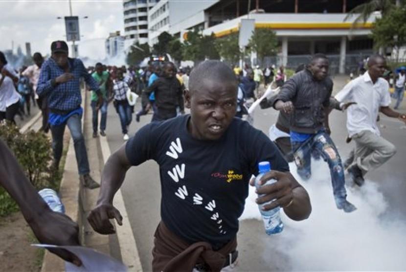 Kerusuhan peccah di Kenaya pascaterpilihnya kembali Uhuru Kenyatta sebagai Presiden Kenya