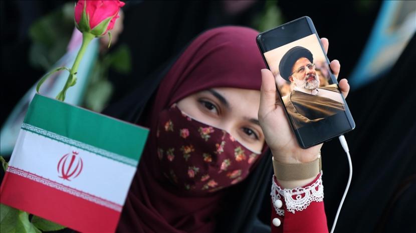 Pendukung Presiden Iran Ebrahim Raeisi.