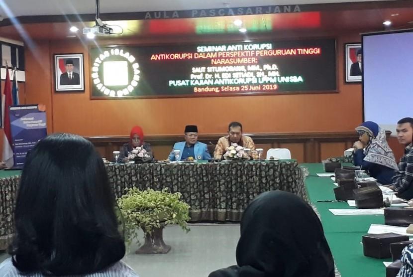 Penerimaan Peserta Didik Baru (PPDB) 2019, turut menjadi perhatian Komisi Pemberantasan Korupsi (KPK). Menurut Wakil Ketua KPK Saut Situmorang, KPK pun ikut mengawasi PPDB.