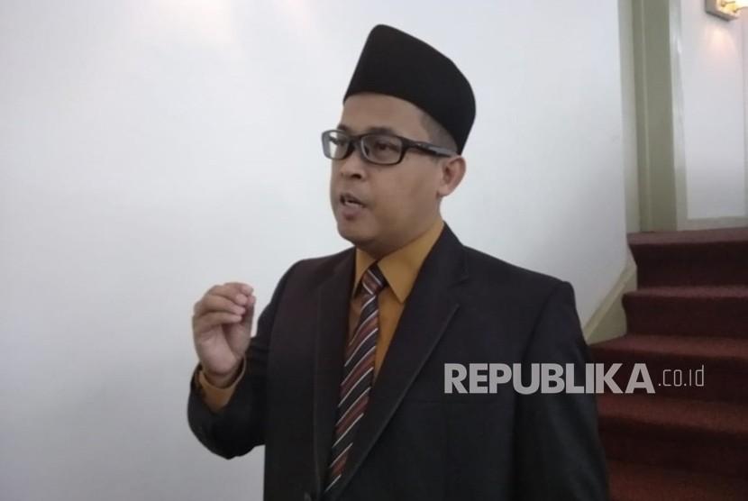 Pengamat politik, Muradi di Gedung Merdeka, Bandung, Senin (18/6).