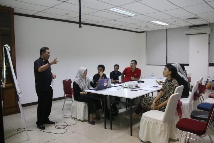 Pengarahan tentang metode konversi suara pileg menjadi kursi legislatif 1