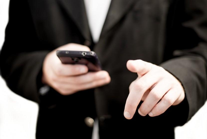 Mayoritas pengguna memanfaatkan aplikasi pembayaran digital untuk transaksi retail. (Ilustrasi)