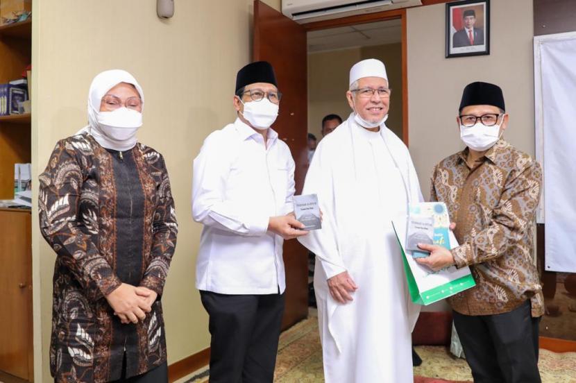 Pengurus DPP Partai Kebangkitan Bangsa (PKB) bersilatutahim ke Rabithah Alawiyah, di Kantor Pusat Rabithah Alawiyah, Jakarta, Senin (21/6).