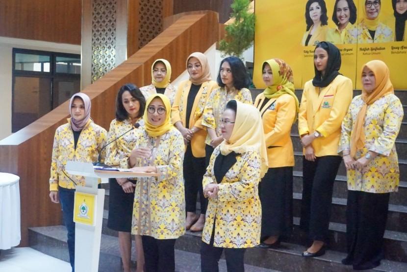 Pengurus Pusat Kesatuan Perempuan Partai Golkar (KPPG).