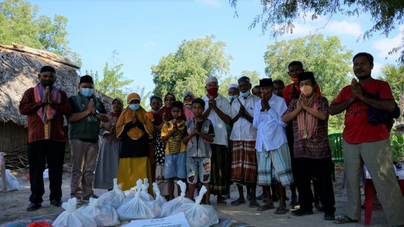 Pengurus Pusat (PP) NU Care-LAZISNU membantu warga terdampak bencana siklon tropis Seroja di Nusa Tenggara Timur (NTT).