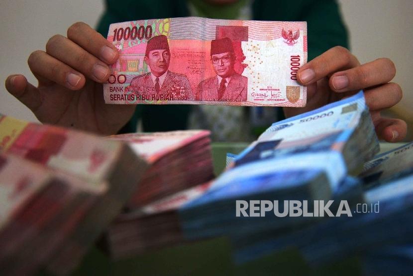 Uang palsu ilustrasi