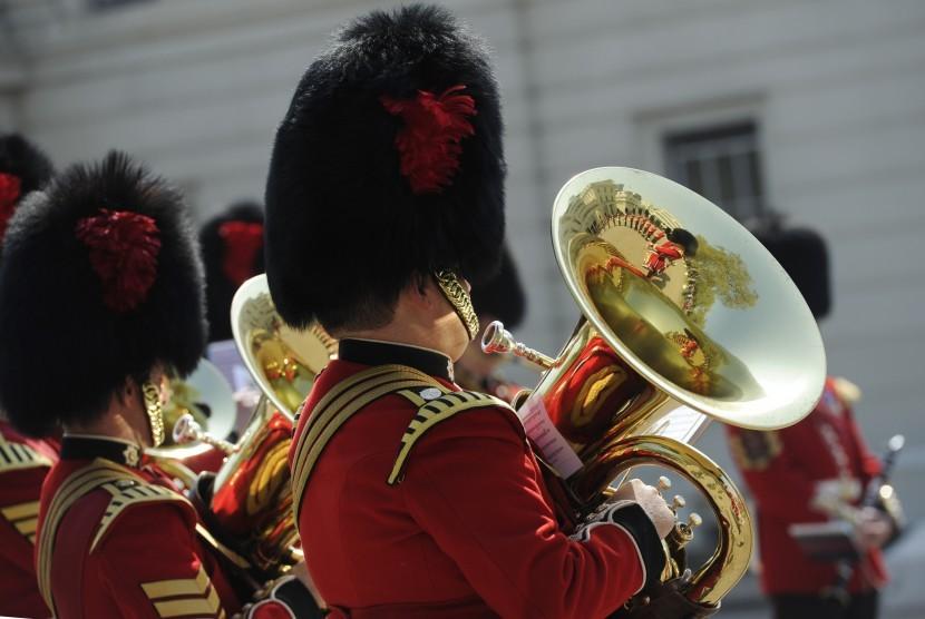 Penjaga Istana Buckingham Inggris.