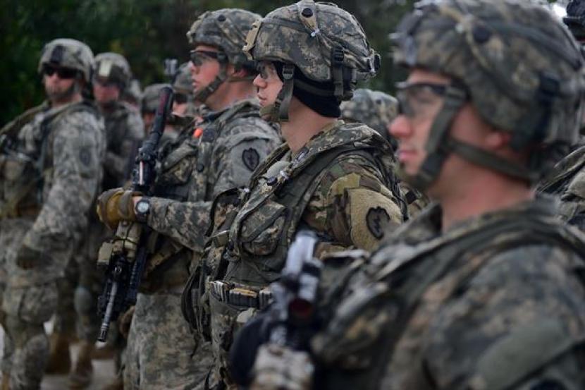 Perang terhadap teror yang diinisiasi Amerika Serikat diskreditkan Islam. Ilustrasi militer Amerika Serikat