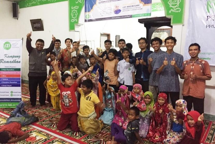 Penutupan Pesantren di Kampung Ramadhan LAZNAS Inisiatif Zakaf Indonesia (IZI) Perwakilan Sumatra Barat.