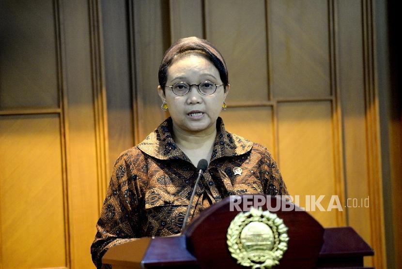 Penyanderaan 7 WNI di Filipina. Menteri Luar Negeri Retno Marsudi memberikan paparan saat konferensi pers terkait penyanderaan WNI di wilayah Filipina, Jakarta, Jumat (24/6).