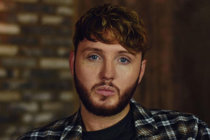 Penyanyi asal Inggris James Arthur.