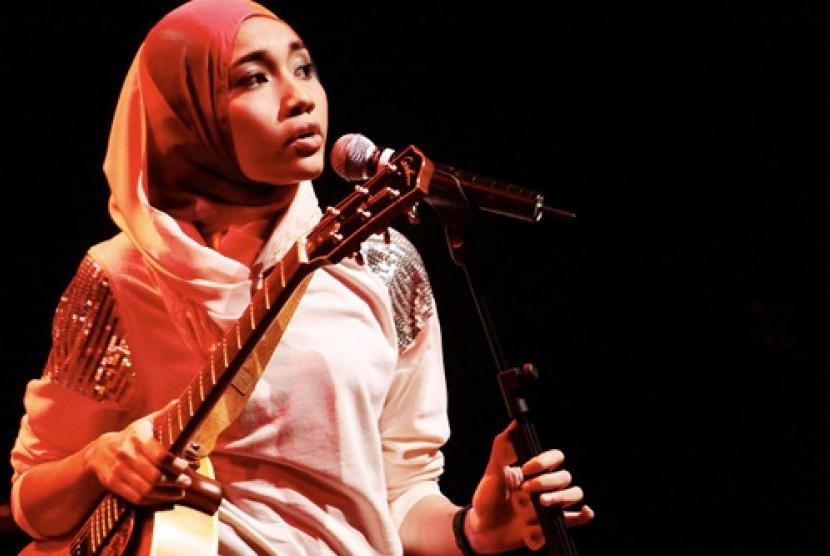 Yuna: Aku Bahagia dengan Identitasku Sebagai Muslimah ...