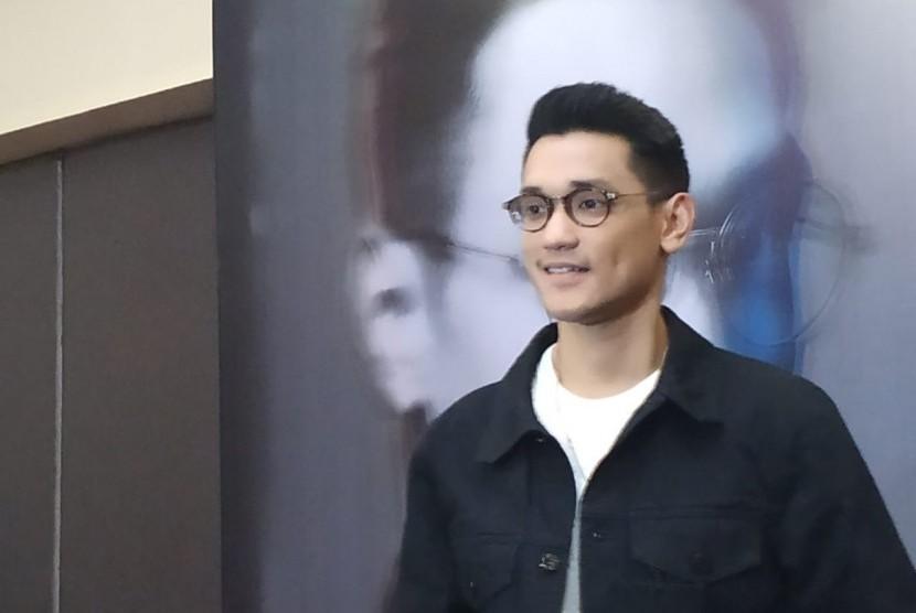 Penyanyi solo Afgansyah Reza atau Afgan dalam konferensi pers Konser Dekade Afgan di wilayah Jakarta Selatan, Rabu (19/6).