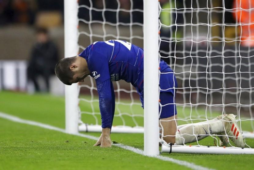 Penyerang Chelsea Alvaro Morata menyesali kegagalan menyelesaikan peluang di depan gawang Wolverhampton Wanderers.
