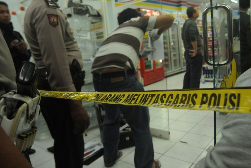 Perampokan Minimarket (ilustrasi)