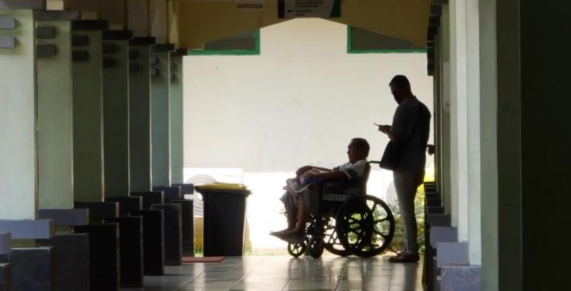 Perawatan pasien Covid19 (ilustrasi)