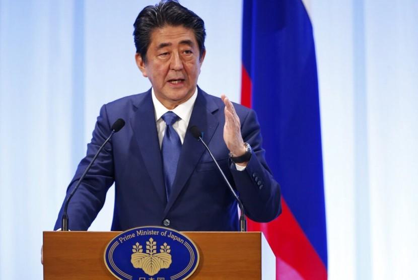 Perdana Menteri Jepang Shinzo Abe saat berbicara di forum G20, Sabtu (29/6).