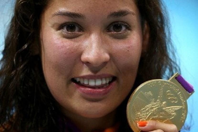 Perenang Belanda berdarah Jawa, Ranomi Kromowidjojo saat meraih medali emas Olimpiade London 2012.