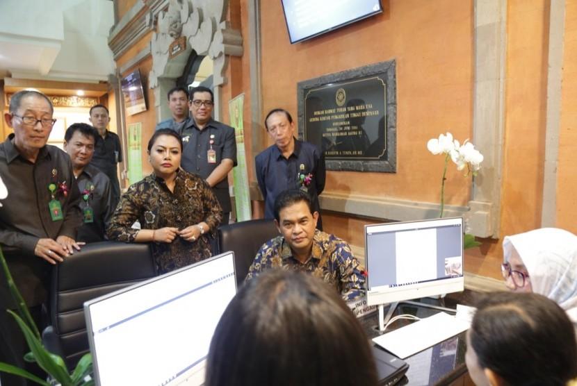 Peresmian PTSP Pengadilan Tinggi Tabanan, Senin (14/5).