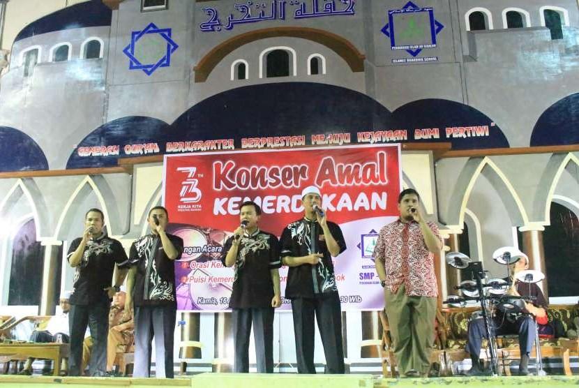 Perguruan Islam Ar Risalah, Padang, menggelar konser kemerdekaan.