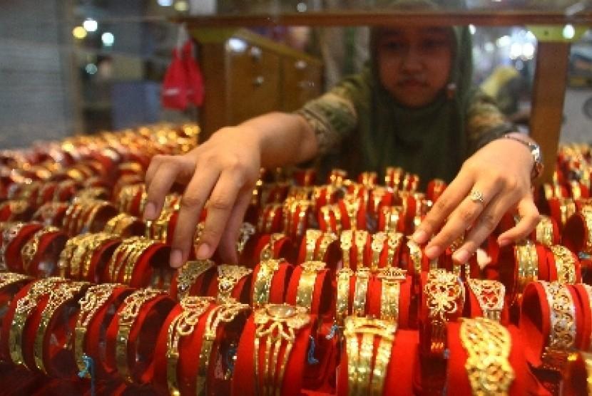 Perhiasan Bagi Muslimah Seperti Apa Pandangan Islam Republika Online