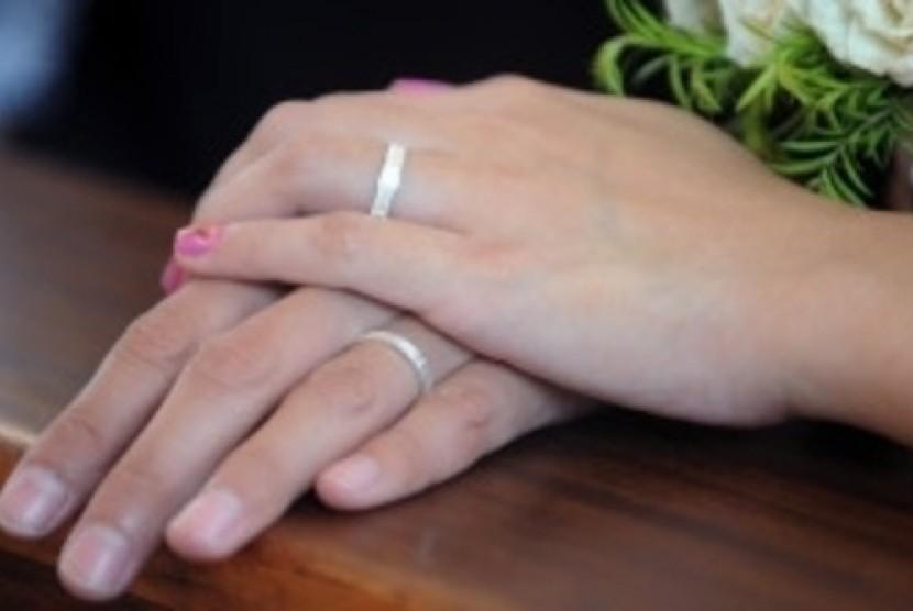 Menggugat Perkawinan Bawah Tangan Republika Online