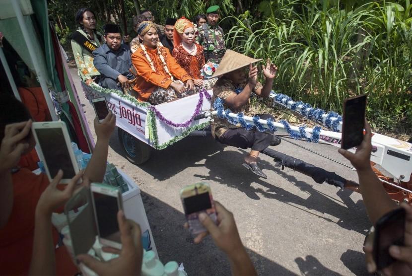 Tradisi Balawang Tujuh Perkawinan Janda Dan Duda Republika Online