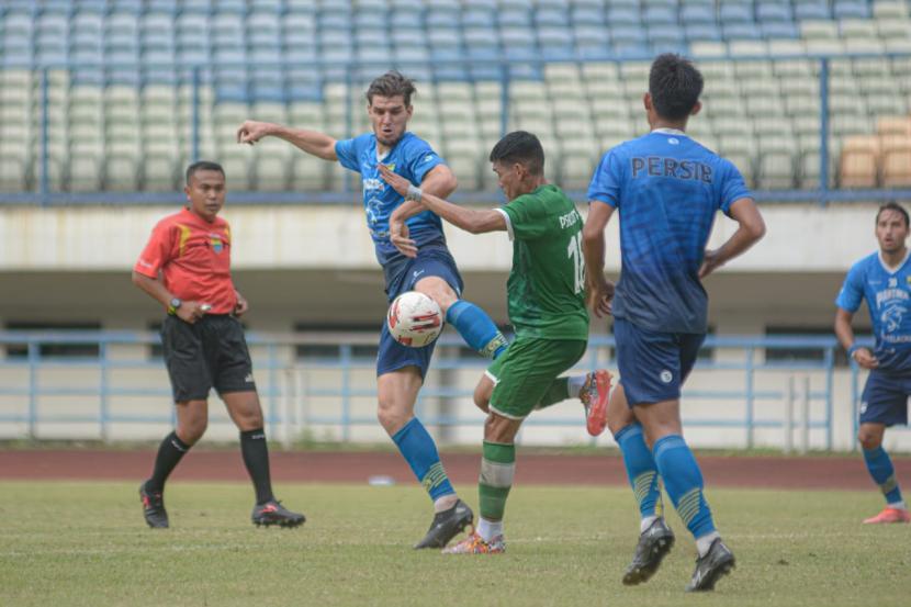 Persib Bandung Pastikan Tetap Ikuti Piala Wali Kota Solo (ilustrasi).