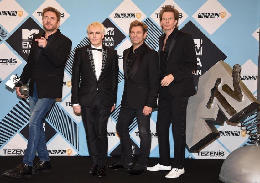 Personel band Duran Duran mengaku kesulitan berkarya di tengah pandemi. Album baru mereka selesai setelah lockdown Inggris berakhir.