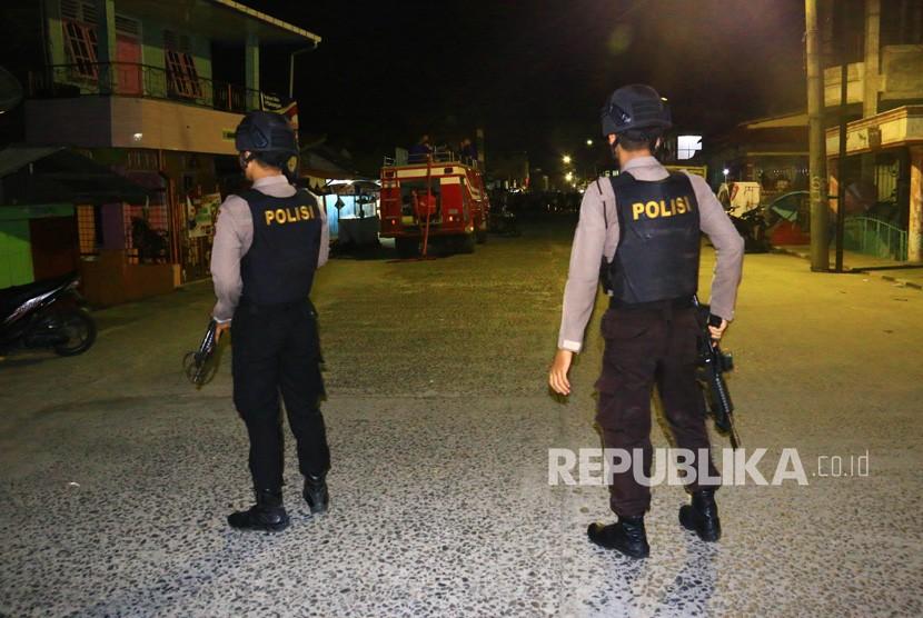 Polisi Sterilkan Sekitar Rumah Terduga Teroris di Sibolga