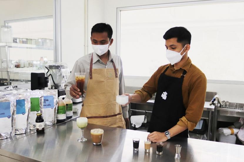 Perusahaan penghasil dan pengekspor bahan makanan dan minuman, Haldin, resmi memperkenalkan brand haldinfoods yang siap meramaikan industri Food and Beverage (F&B) di Indonesia