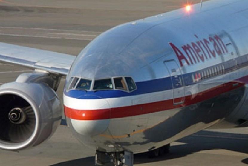Pesawat American Airlines yang mendarat di Bandara Internasional Miami, Amerika Serikat.