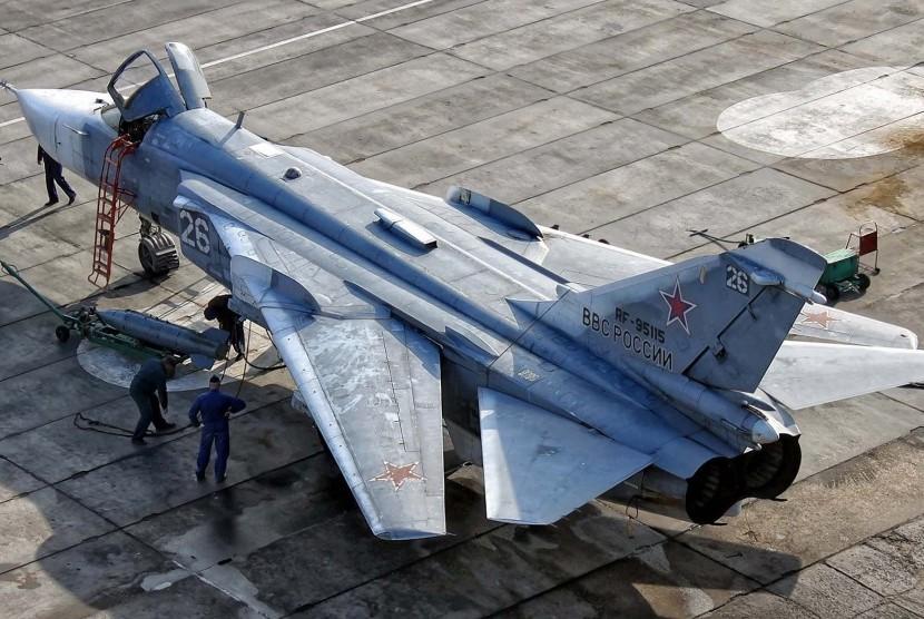 Pesawat tempur Angkatan Udara Rusia, Sukhoi Su-24.